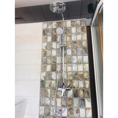 Columna de ducha Victoria monomando Roca